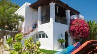 Complete restyling van gedateerde villa nabij Ibiza stad gelegen in opdracht van Nederlands onroerend goed vennootschap ten behoeve van verhuur/verkoop.
